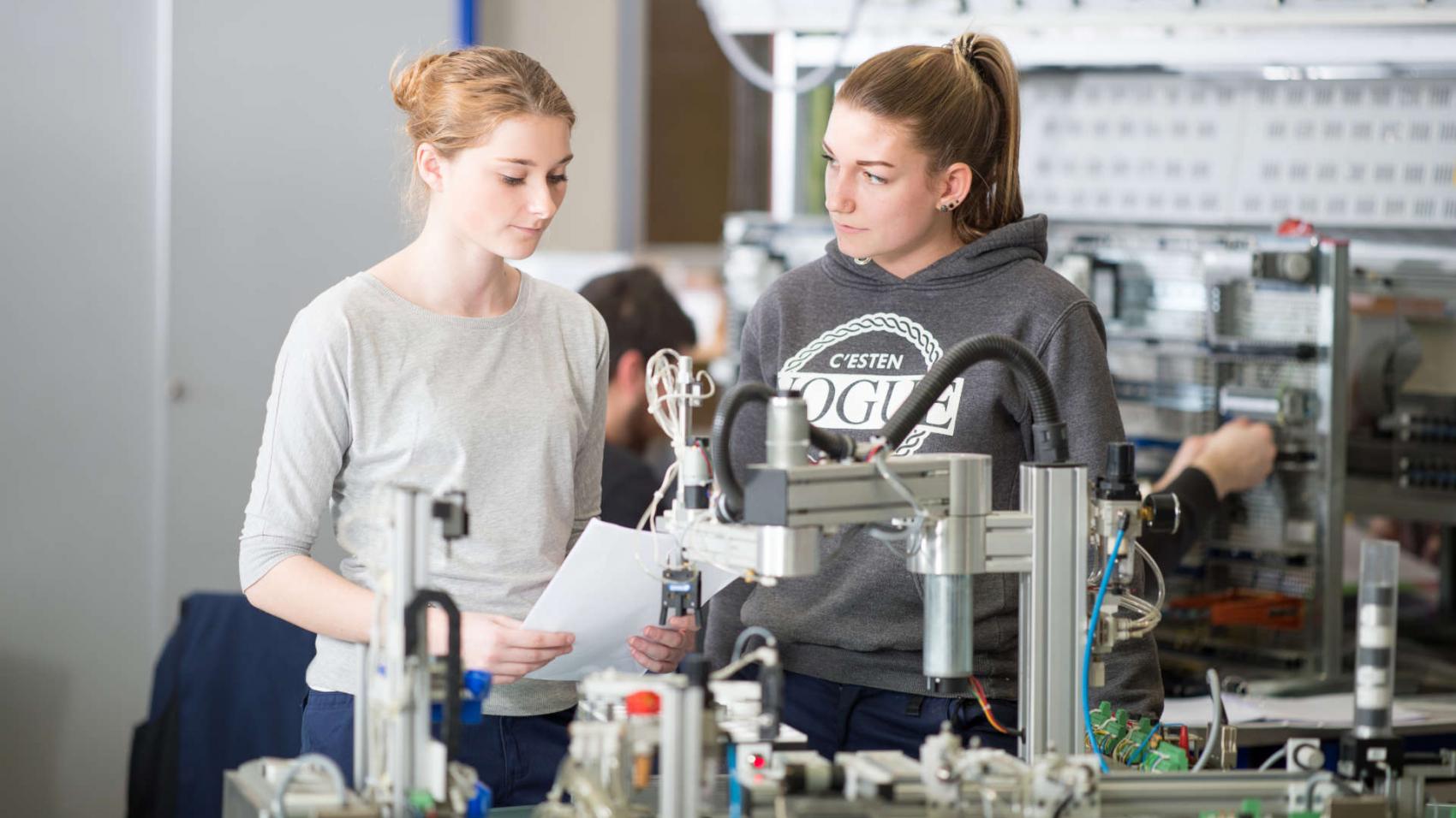 AV_Fachschule_fuer_Elektrotechnik_07.03.2017_639